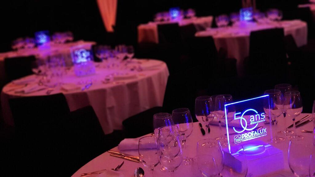 Lampe de table personnalisable à  double fonction par INSTANT LUMIERE